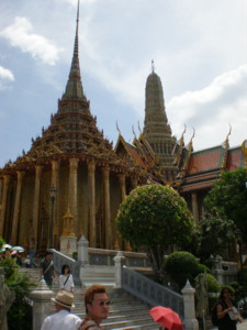 Temple-of-the-Emerald-Buddha7.jpg