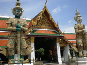Temple-of-the-Emerald-Buddha8.jpg