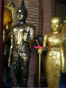 Wat-Yai-Chai-Mongkon13.jpg