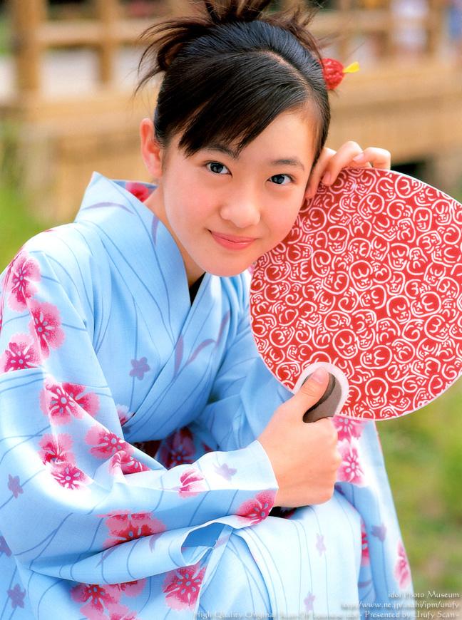 aki-maeda-00204519.jpg