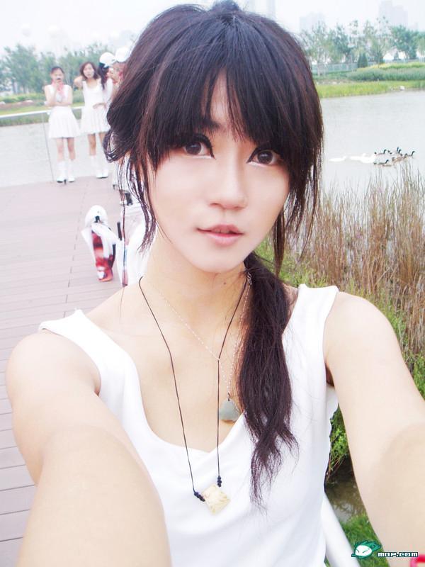 kong-yansong-chinese-long-legged-beauty-69.jpg