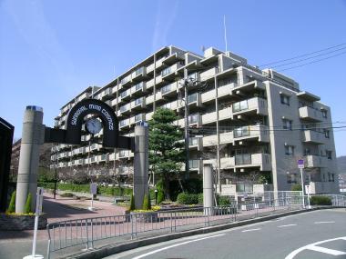 サンロイヤル箕面コスモ1