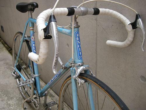 BENOTTOのヴィンテージロードバイク