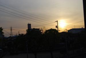 090424朝の太陽