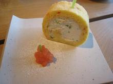 米粉のトマトと小松菜のロールケーキ