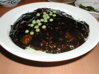 ジャジャ麺01