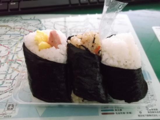 沖縄おにぎり (2)
