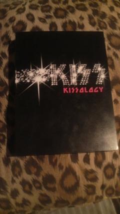 kiss-dvd_b.jpg