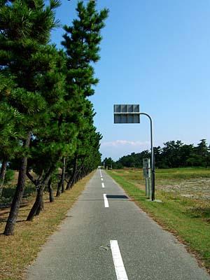 富山朝日自転車道 海沿いをゆく
