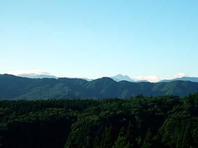 ひるがの高原から見た白山