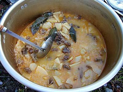 熊肉の味噌鍋