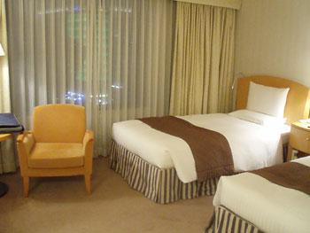 ホテル:ツインルーム♪