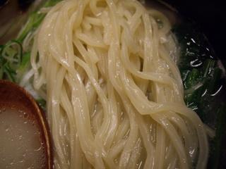 めんや丸平 鶏白湯麺(麺)