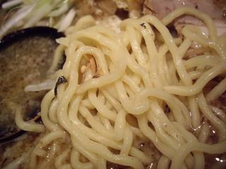 むてっぽう 醤油ラーメン大盛(麺)