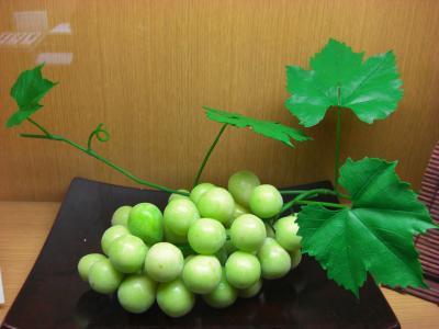 0907工芸菓子葡萄2