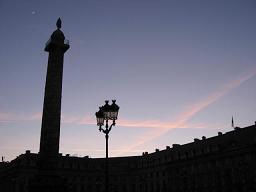ヴァンドーム広場の円柱