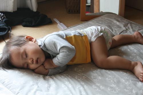 2009-5-28-れん寝顔
