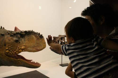 2009-6-13-恐竜とれん