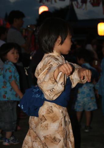 2009-7-12-盆踊り3