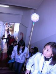 ◆観光ツアー・階段上る.JPG