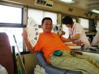 献血をする渡辺さん
