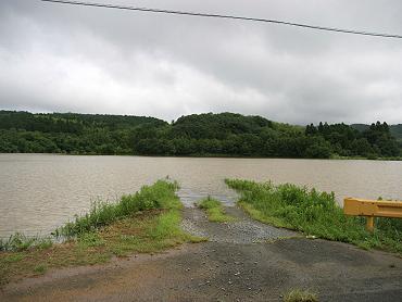 碇地区の一時湖-090727-3
