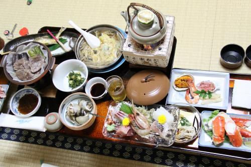 いそべのお得意様 コース料理 村上牛・タラバガニ・松茸