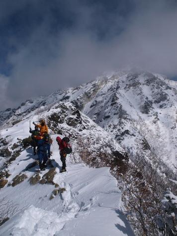 甲斐駒ヶ岳頂上を目前にして撤退