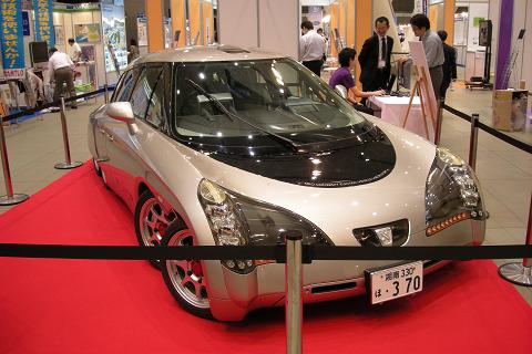 慶応大学の電気自動車 Ellica