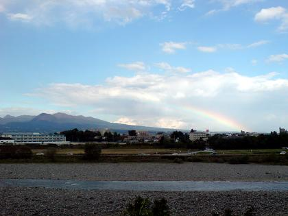 赤城山にかかる虹