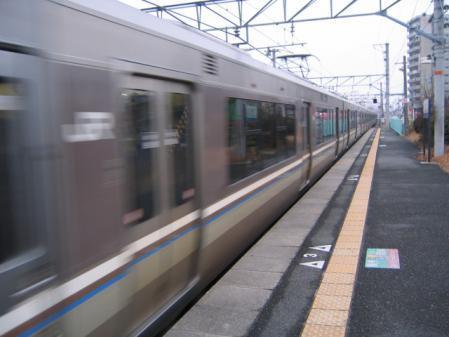 6392列車通過