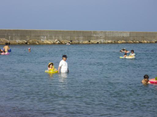 八ケ崎海水浴場1