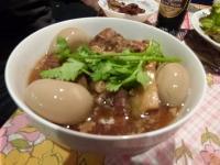 カンボジア料理【ニャムニャム食堂】の豚の角煮