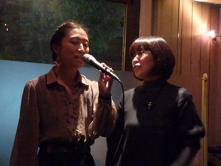 ホストvo山下みさ子さん とセッション参加者