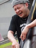 b山本久生さん