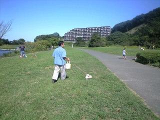 090920阿須の公園パパとプリン