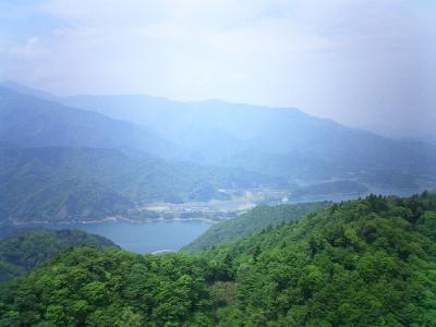 展望台からの景色(宮ヶ瀬湖&東丹沢)