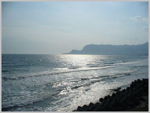 大森浜からの函館山