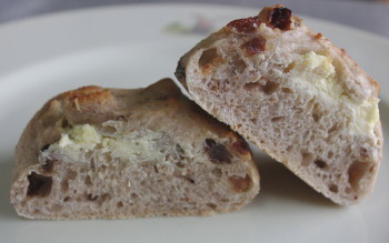 クリームチーズパン中身_1