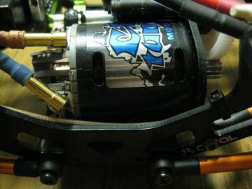 AX10-19.jpg