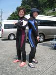 おNEWのウェットスーツのURIちゃん&SADAちゃん!