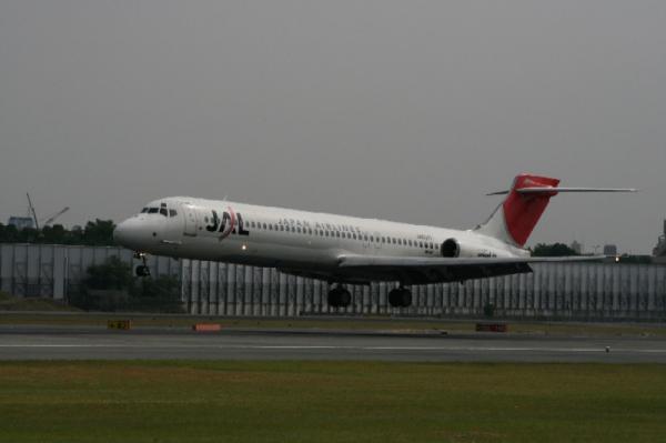 2006年9月30日・JAL MD-87 JA8371