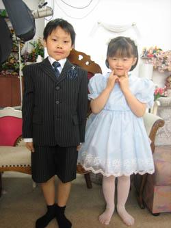 かーくんの入学写真とちーちゃんもドレスで