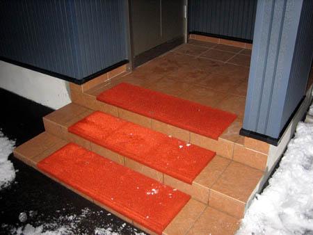 玄関の階段マット