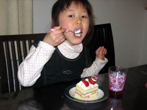 着替えてケーキ