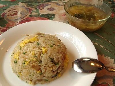 昆布茶入りキノコの炊き込みご飯炒飯風&白菜スープ