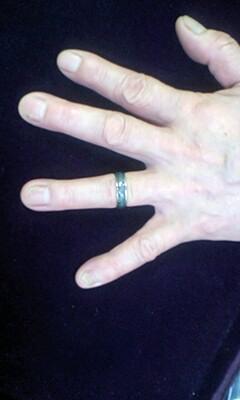 色の変わる指輪変化後