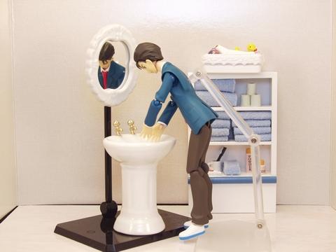 鏡、洗面台と比較