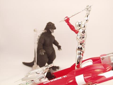 空飛ぶ赤いバイク