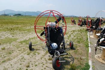 モーターパラグライダー